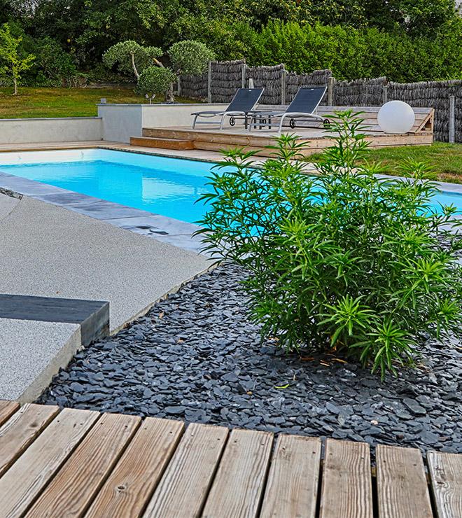 Am nagement de votre espace piscine jardins des 4 - Amenagement terrasse piscine ...