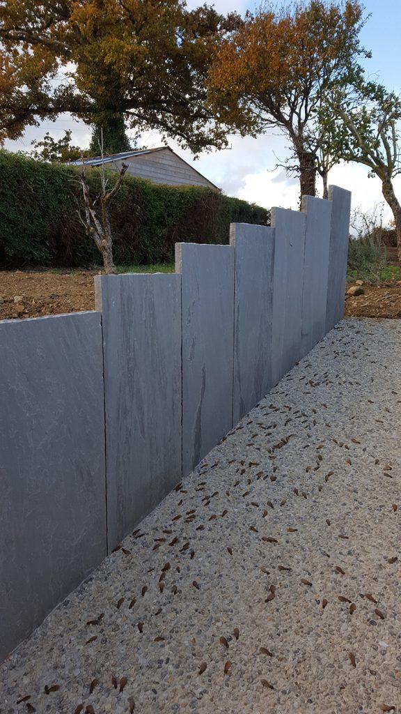 Retenue de terre. palis grès gris. Jardins des 4 Saisons. Guer, Ploërmel, Redon, Plélan-Le-Grand, Maure de Bretagne