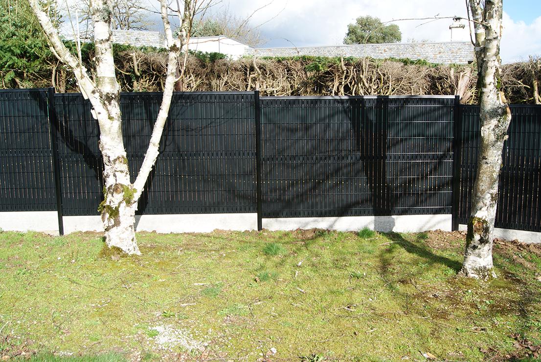 clôture noire Jardin des 4 saisons