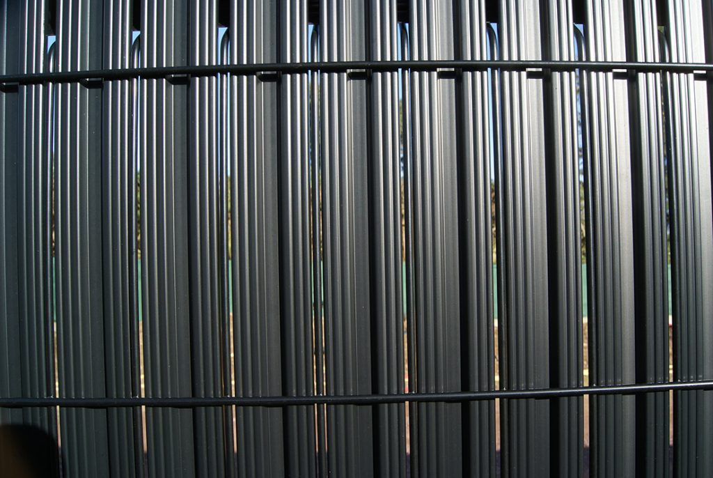 clôture noire Jardins des 4 Saisons. Guer, Ploërmel, Redon, Plélan-Le-Grand, Maure de Bretagne