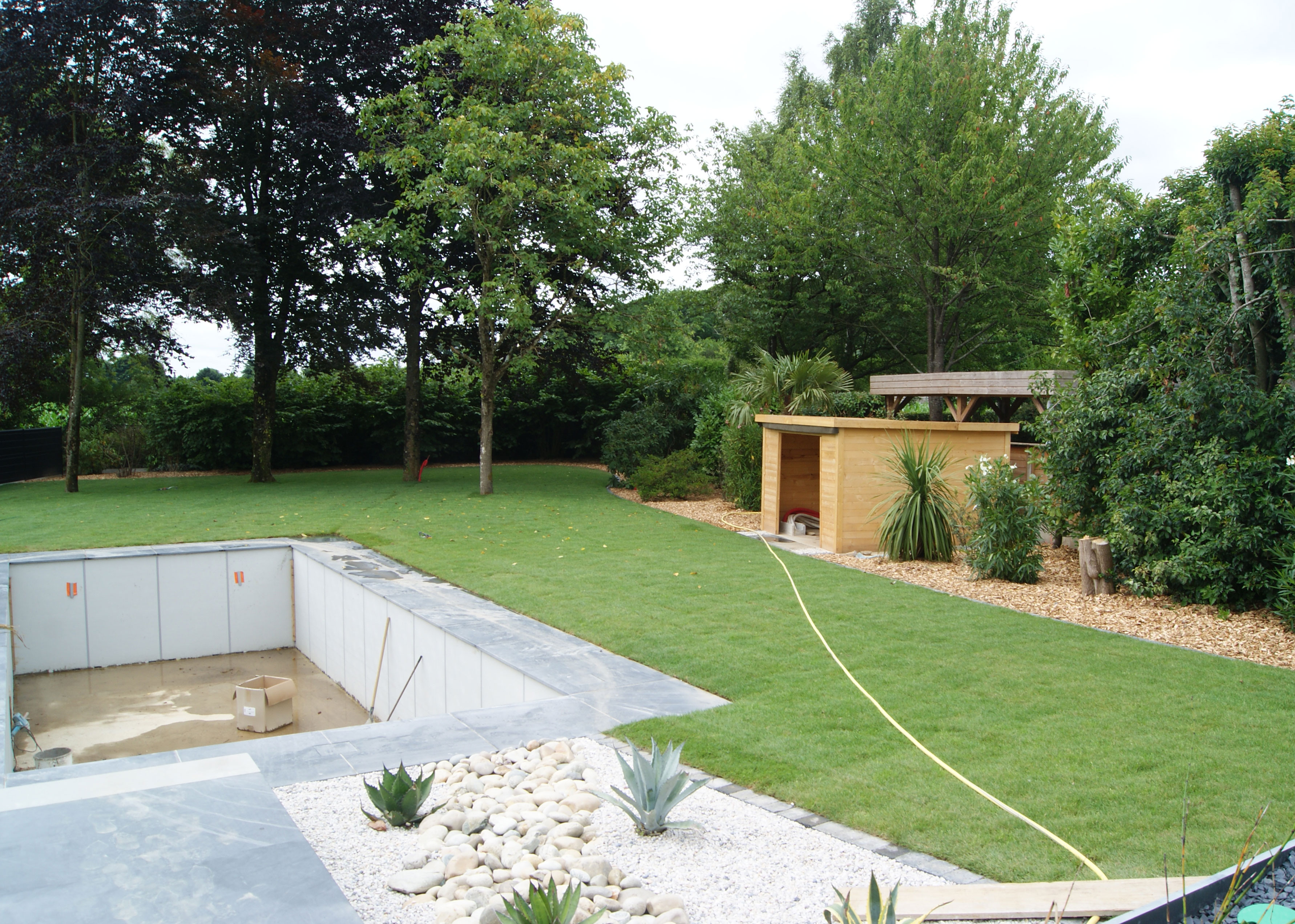 Gazon placage. Habillage piscine. Jardins des 4 Saisons. Guer, Ploërmel, Redon, Plélan-Le-Grand, Maure de Bretagne